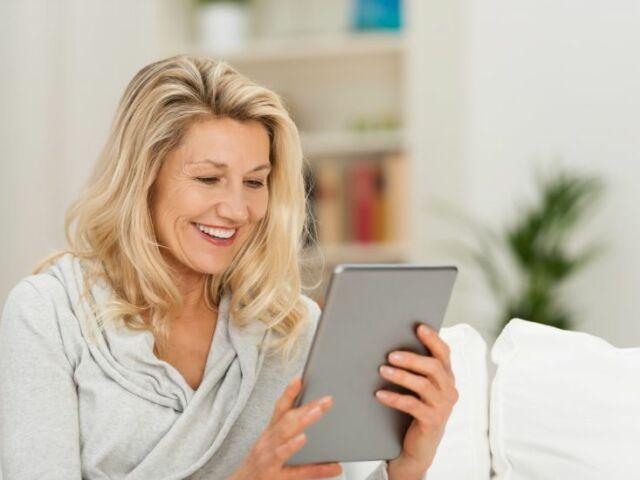 vrouw-met-tablet